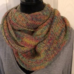 Steve Madden Beautiful Multicolored Infinity Scarf